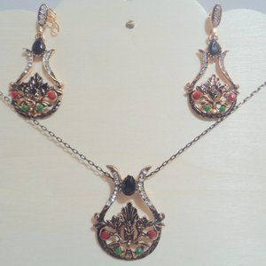 antique gold vintage necklace earring set